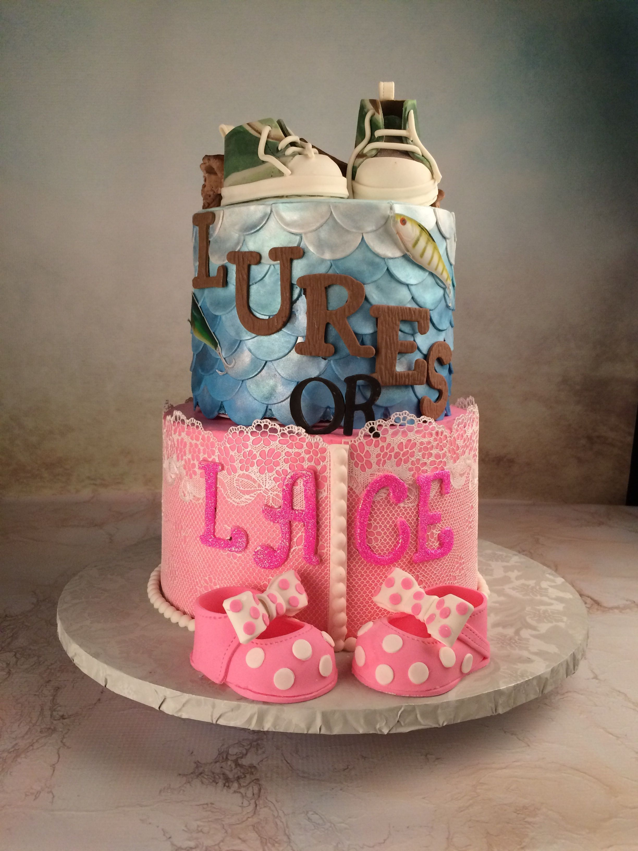 Lures Or Lace Themed Gender Reveal Cake Baby Reveal Cakes Gender Reveal Cake Country Gender Reveal