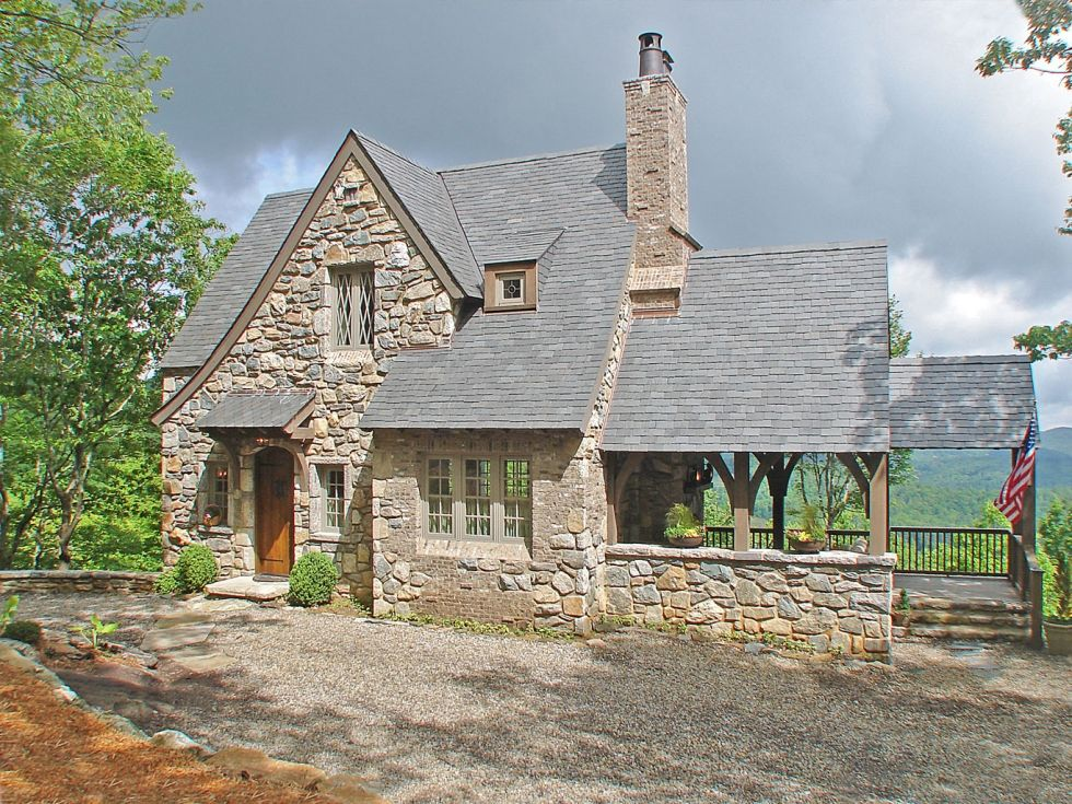 Mountainworks Custom Home Design In Cashiers, NC