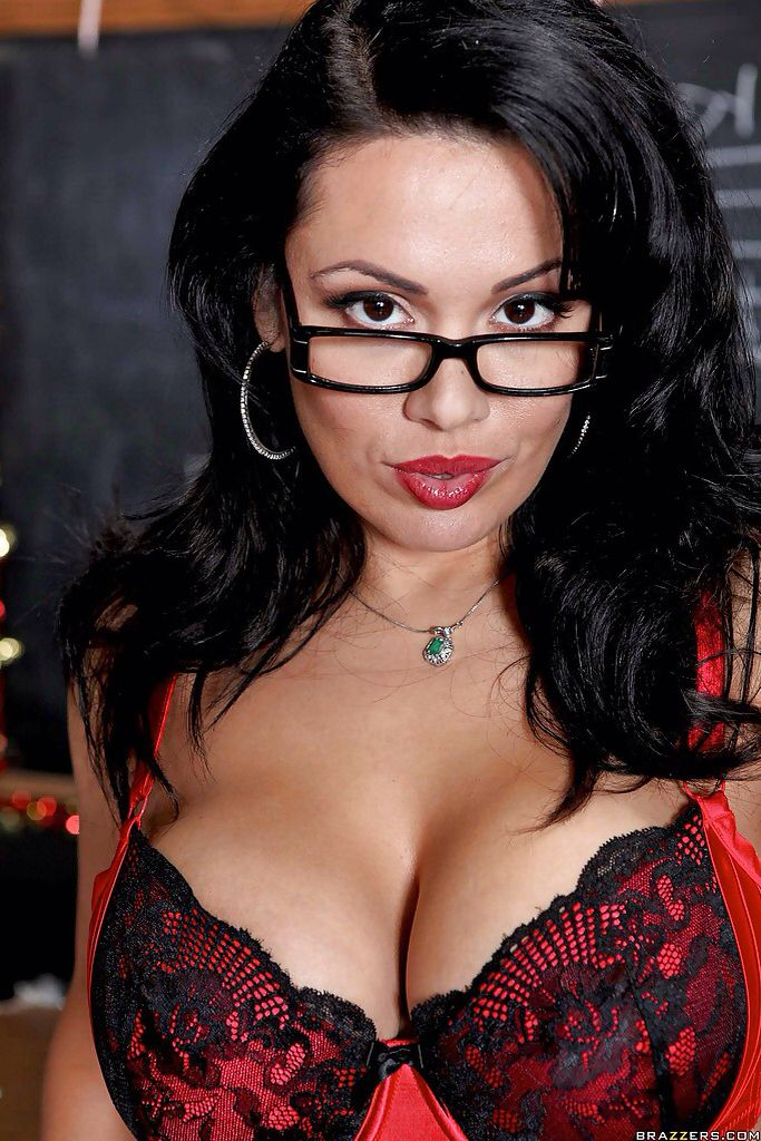 Brunette milf glasses lingerie noise