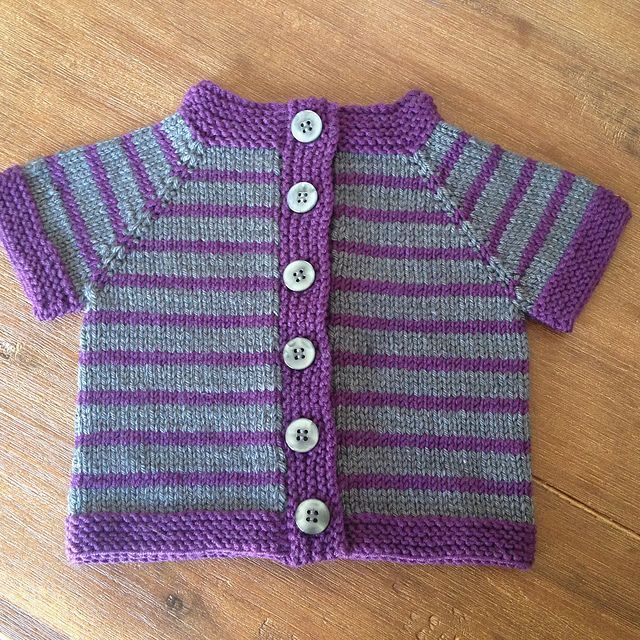 c52b2fa0950f Ravelry  Fuss Free Baby cardigan pattern by Louise Tilbrook ...