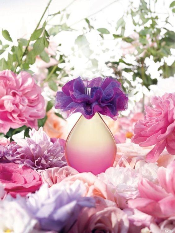"* ""Flor Violeta"" un perfume de bolsillo,"