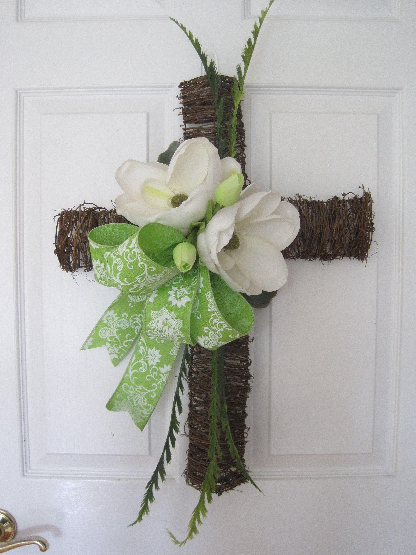 Pin By Lynda Breuer On Easter Easter Front Door Wreath Easter Flower Arrangements Green Front Doors