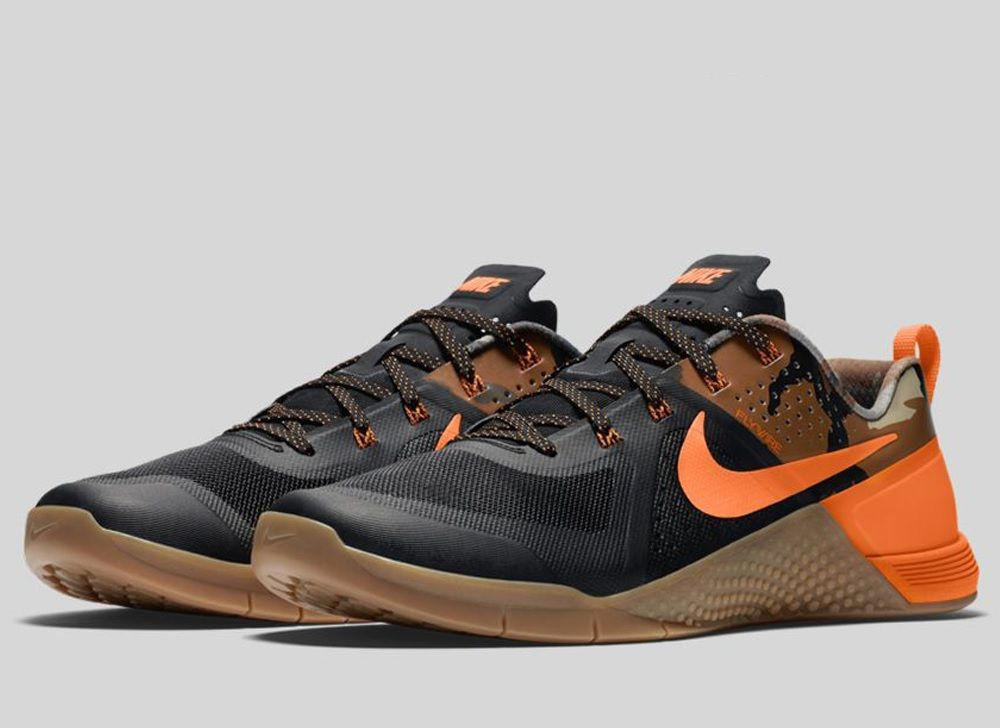 Nike Metcon 1  Hunter Camo   792dd26be