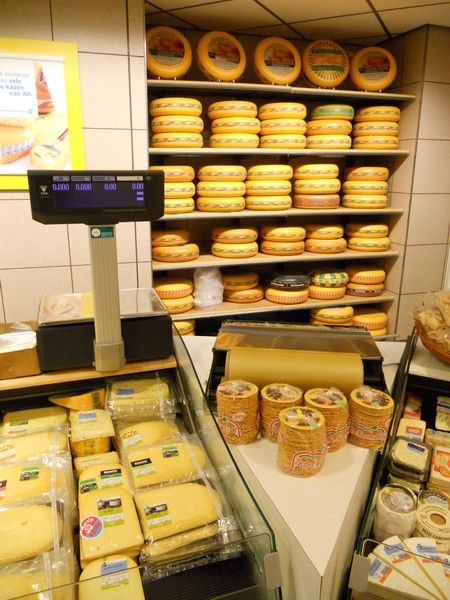 Gouda and Edam cheeses in a Dutch grocery store | Everything