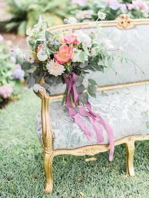 Romantic, French Garden Décor with Victorian and Bohemian Style