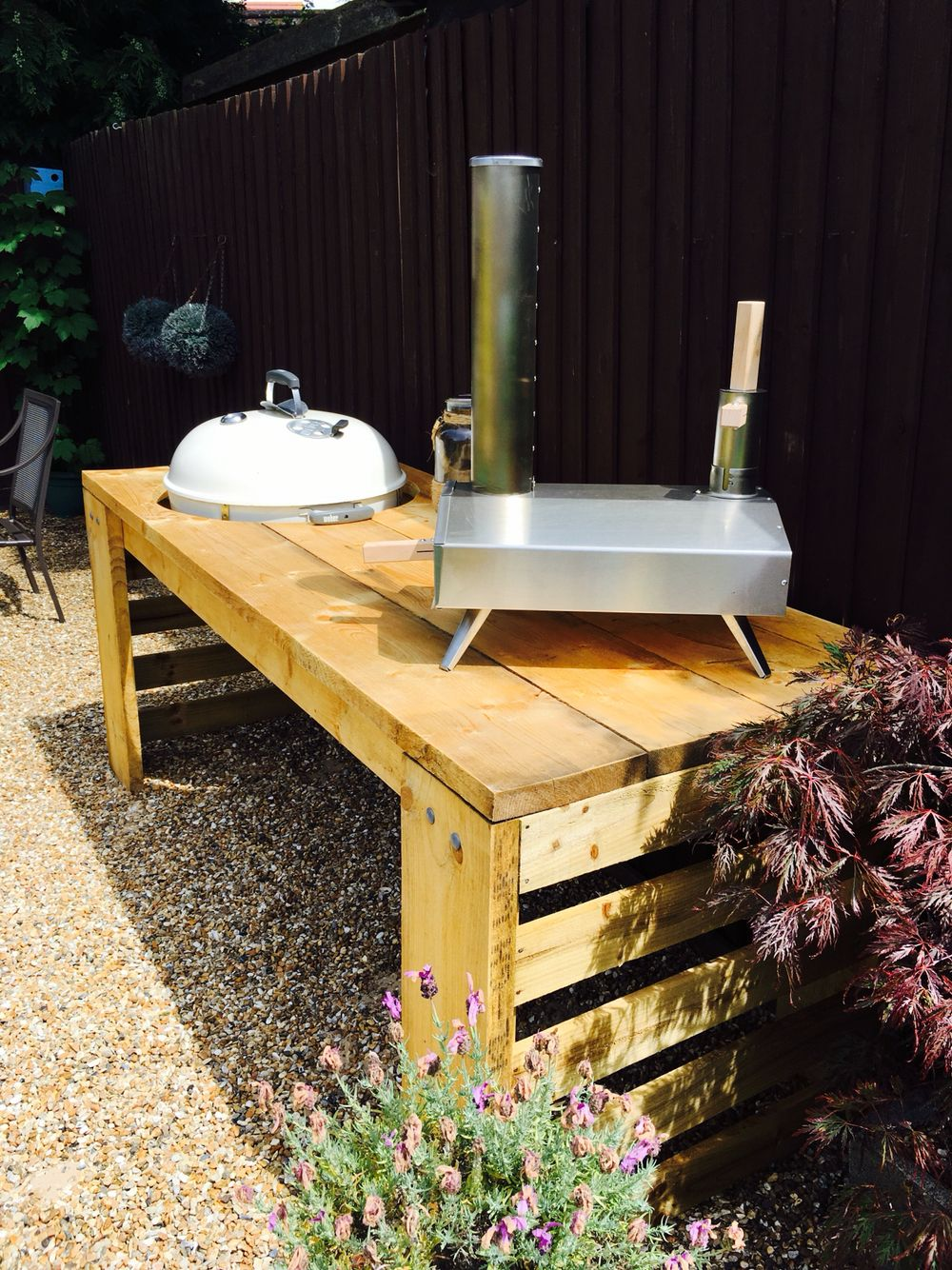 Finished Custom built scaffold board bbq table for the uuni and ...