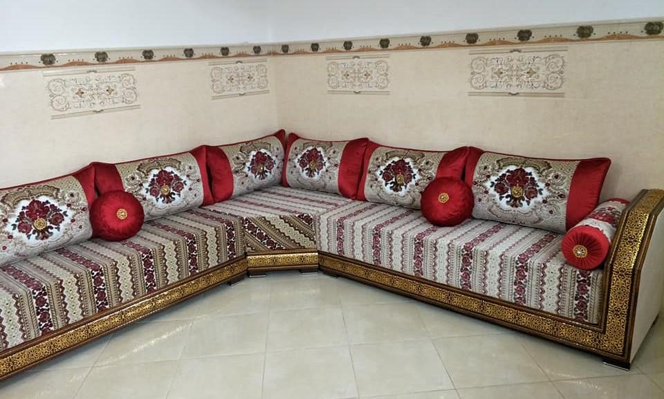 Banquettes Salon Marocain A Vendre En Ligne En 2020 Salon Marocain Decoration Salon Banquette Salon
