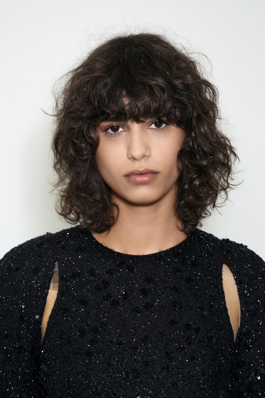 5 short hairstyles for curly hair the edit curly bangs