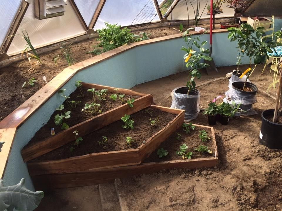 Growing Dome Greenhouse Gardening Raised Bed Design