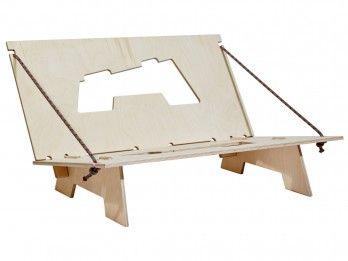 Turn a crash pad into a sofa. Heckmann Holzbau - Crashpad-Sofa ''Crofa''