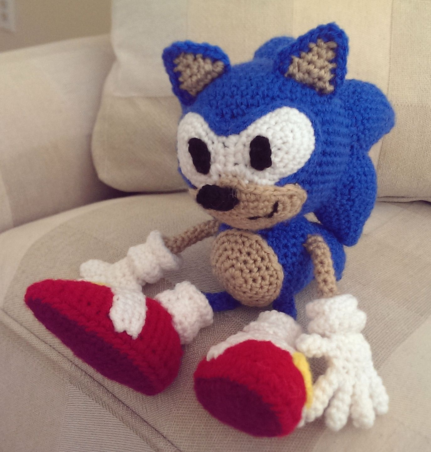 Crocheted Sonic the Hedgehog | amigurumis famosos | Pinterest ...