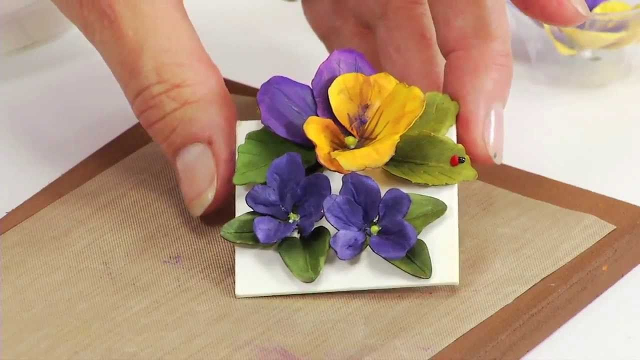 How To Use Sizzix Thinlits Pansy Violet Flower Die 658419 Paper Flowers Paper Flower Tutorial Flower Cards