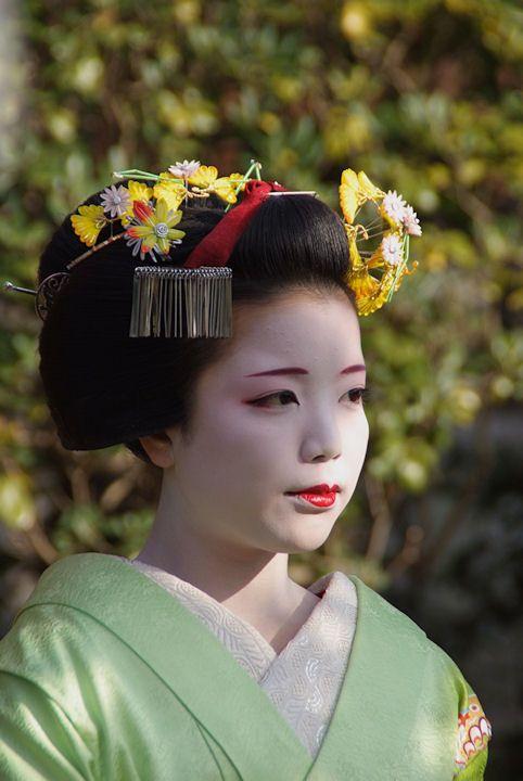 Katsuyuki as maiko