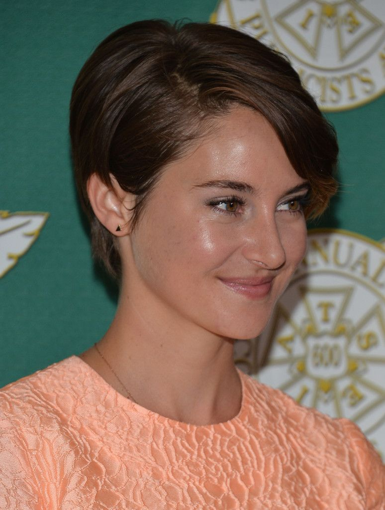 Shailene woodley 2014 short brown hairstyle pictures hair styles