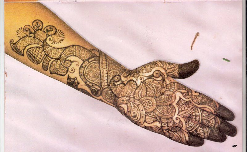 Mehndi Peacock Tattoos : Mehndi design images patterns book for hand dresses