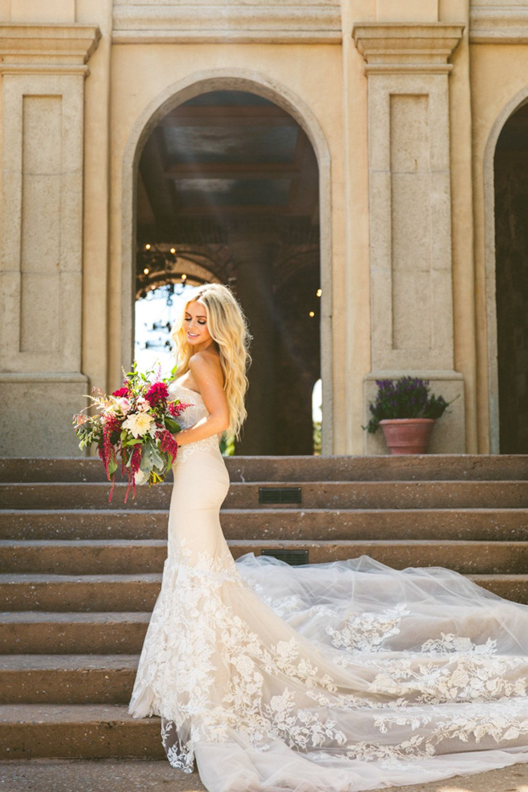 Ever wonder what a bohemian carrie bradshaw wedding might look like