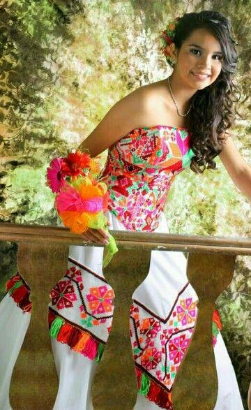 vestido xv huasteca potosina bordado tenek | mexico visuals