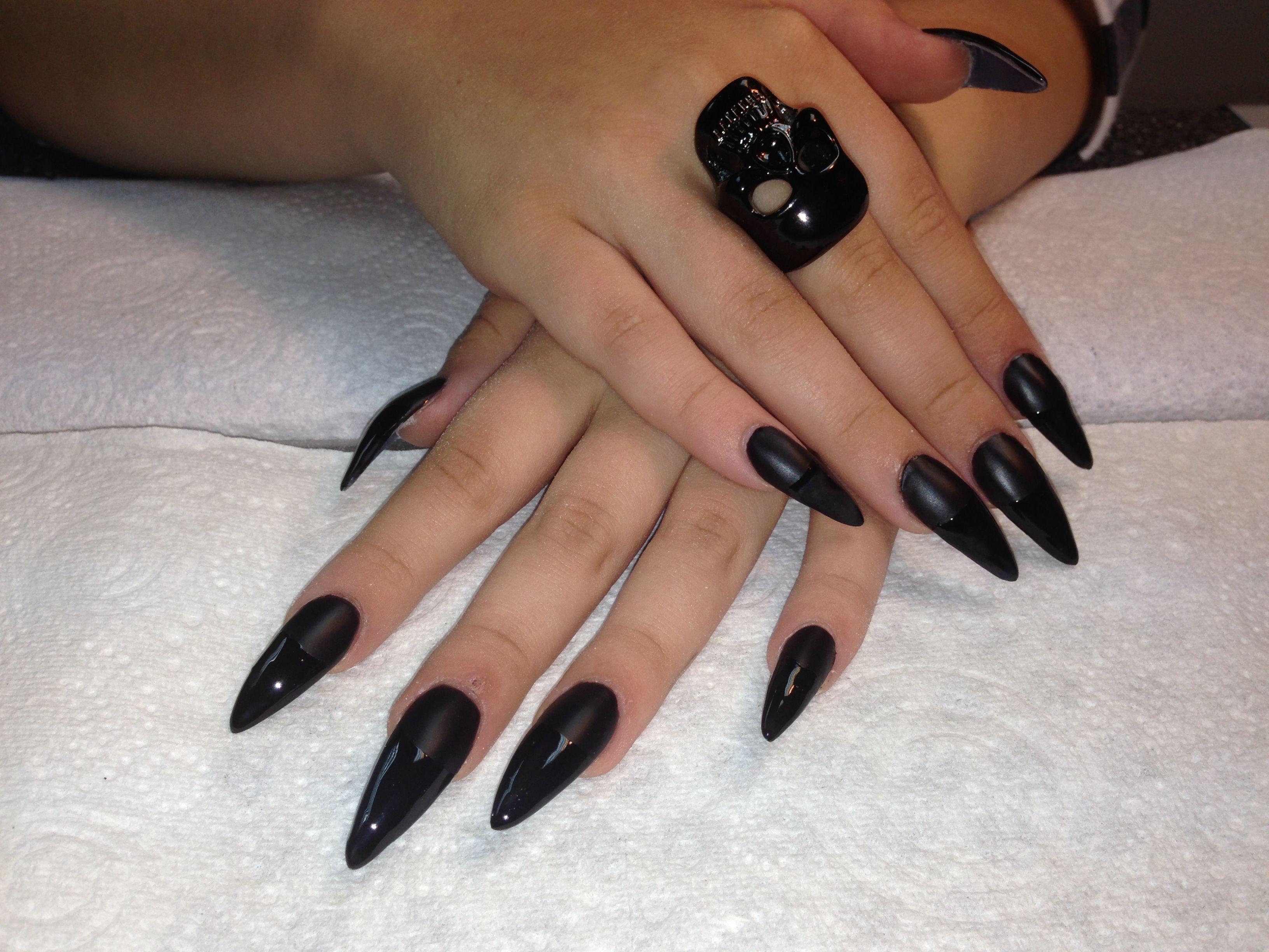 Matt black and pointy tip nails | Halloween nails