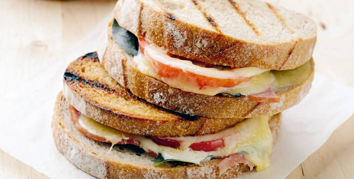 5 Ways to Eat Grilled Cheese Sandwiches