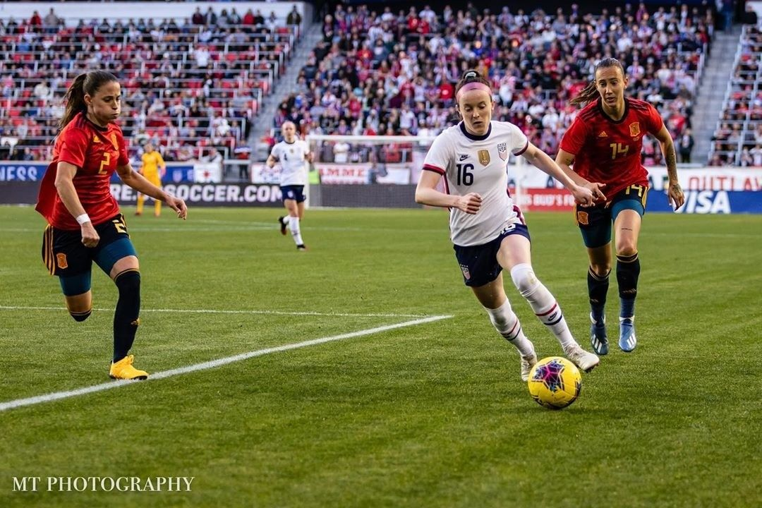 Pin By Molly Snee On Uswnt In 2020 Uswnt Uswnt Soccer Soccer