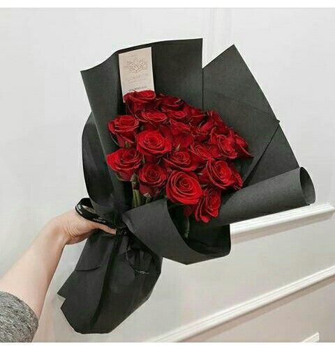 Pin Oleh Caren Mrunde Di Bouquet Of Flowers Mawar Merah Buket Bunga Rangkaian Bunga