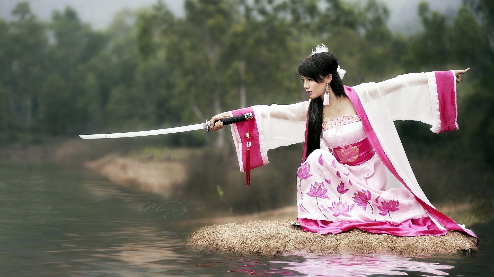 Risultati immagini per samurai girl gif