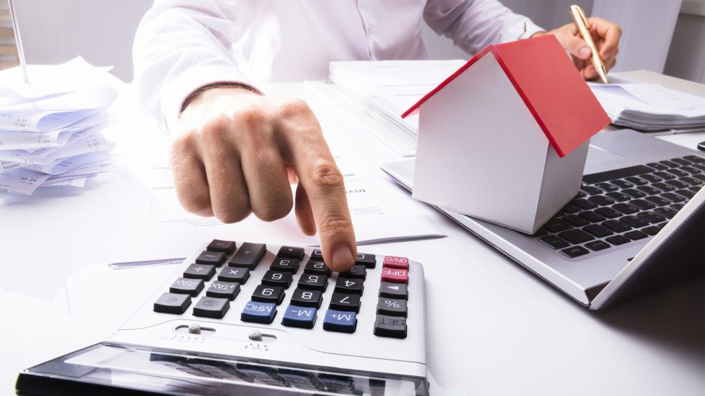 Do I Need an Accountant This Year? 5 Signs the Answer Is