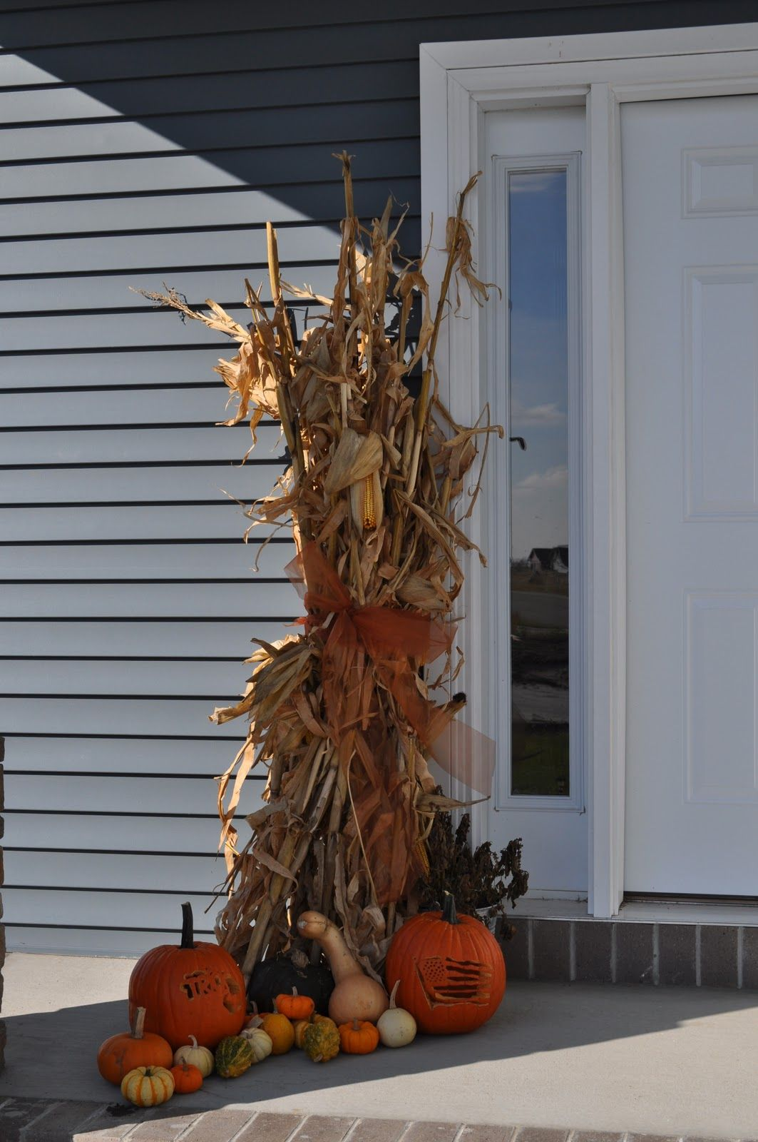 corn stalks tied for outdoor decor either front porch of on favorite diy fall decorating ideas add life to your home id=54880