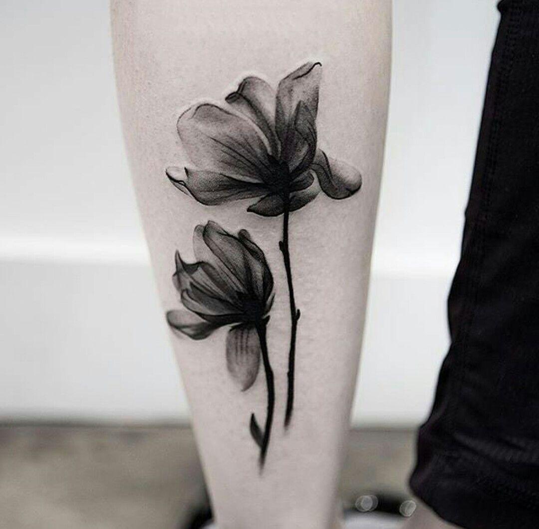 Pin Von Priscila Rodriguez Mello Auf Skin Art Blumen Tattoo Schwarz Blumen Tattoo Rucken Mohn Blume Tattoo