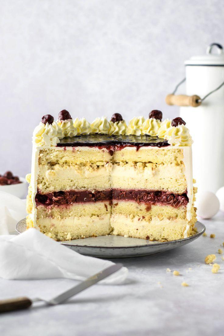 Kirsch Streusel Kuchen als Geburtstagstorte mit Pudding Füllung