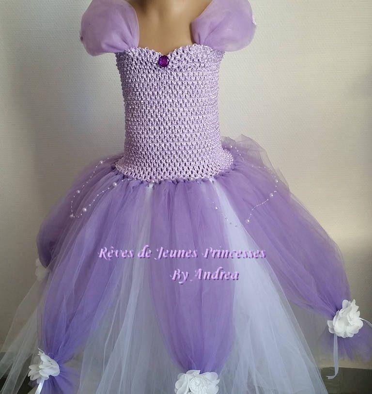 f042138670d78 Robe tutu, robe de princesse sofia, mauve en tulle souple et bustier crochet  extensible. de la boutique TutusDeReves sur Etsy