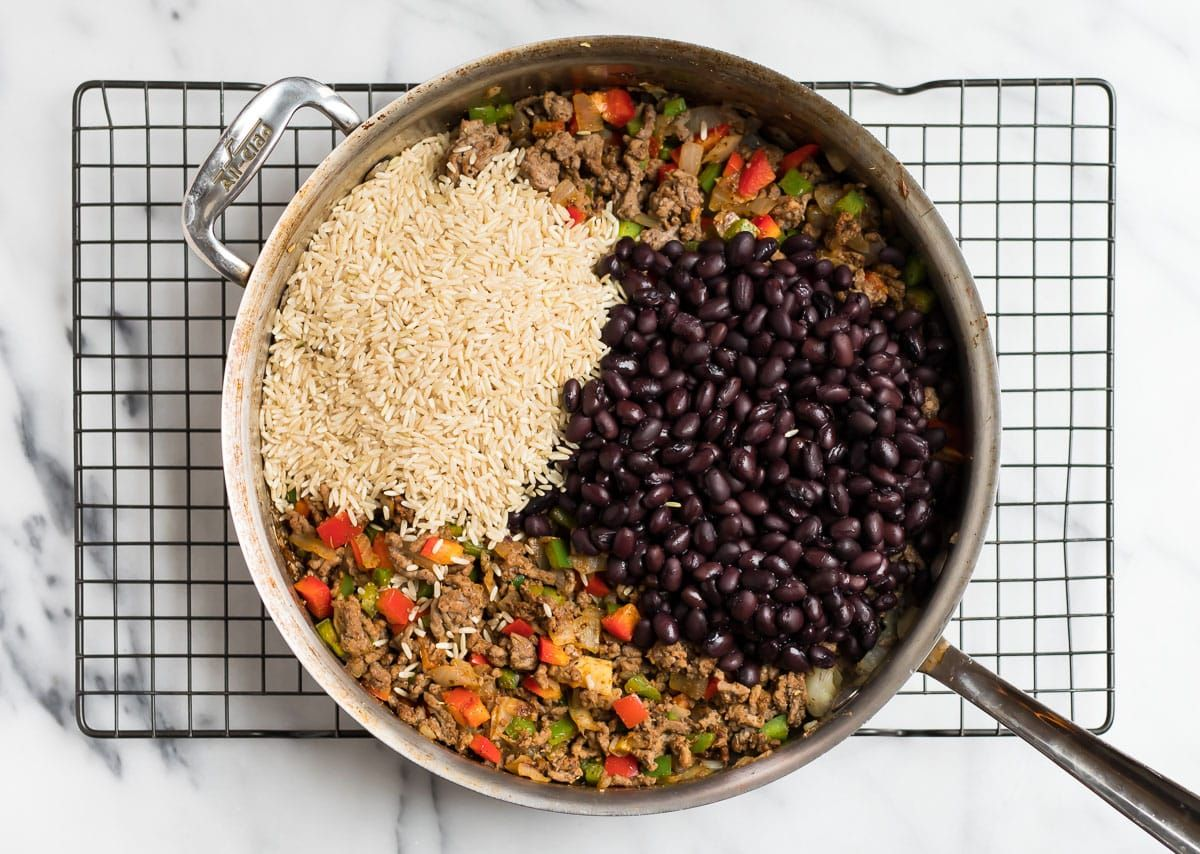 Wholesome And Flavorful Ingredients Like Brown Rice Lean Ground Beef Black Beans And Veggies Make In 2020 Ground Beef Recipes Healthy Healthy Ground Beef Tacos Beef