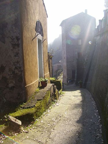 Bomarzo street