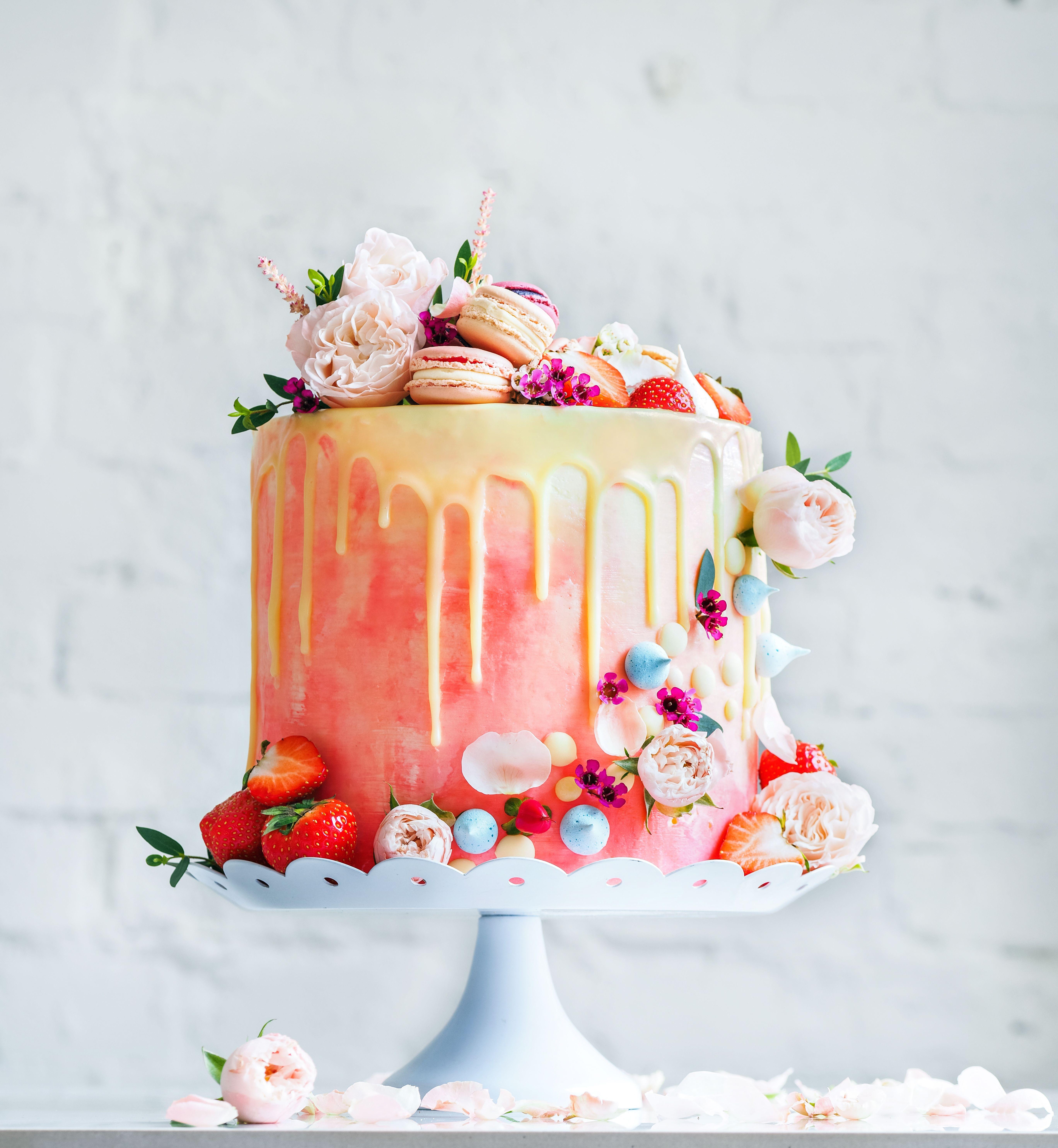 Wedding Cake Recipe Custom History: International Wedding Cake Trends For 2019