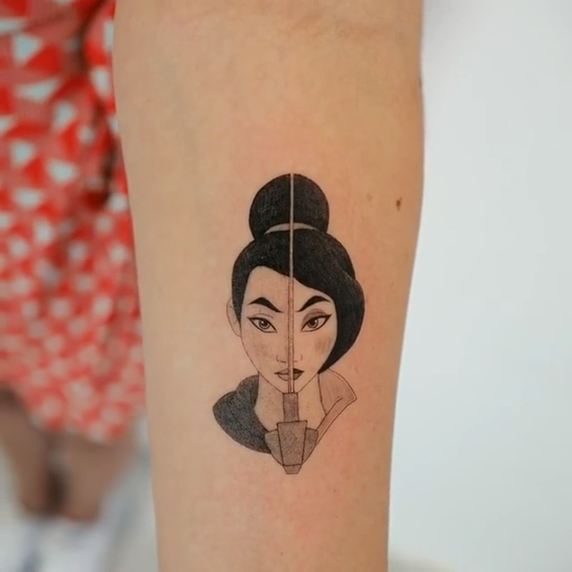 Mulan tattoo inspo by South Korean tattoo artist @ilwolhongdam. Click the link for more tattoos inspired by the wonderful world of Disney 🏰  #disneytattoo #disney #tattooinspiration #tattooart #tattooinspo #tattoos #tattoo #mulan #mulantattoo  #tinytattoo #smalltattoo #koreatattoo