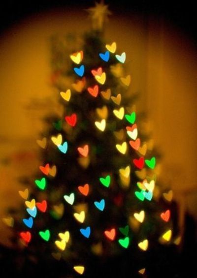 blurred heart lights on christmas tree photography   Keep calm Christmas is coming! Avoid holiday stress with a little Pinterest holiday inspiration to keep you smiling your way through the season.  Tis the season.... to smile!  christmas decor