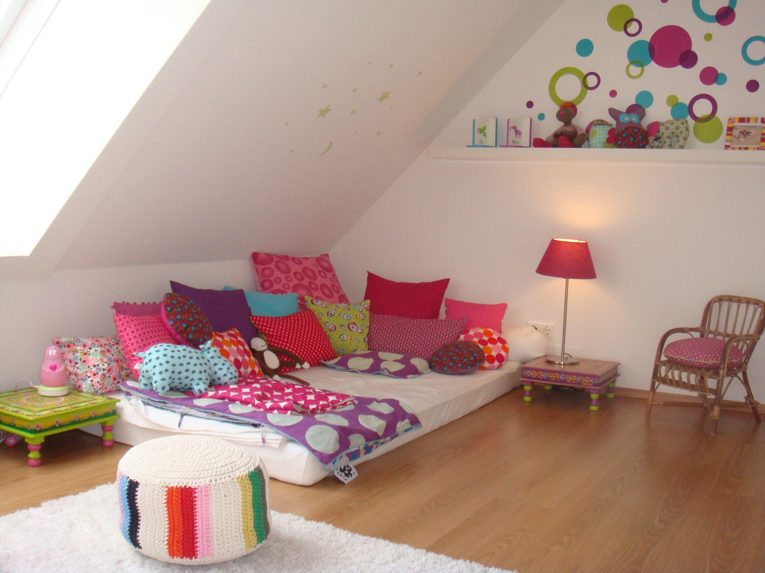 Kuschelecke Fur Gross Und Klein Baby Room Decor Girl Room Room Decor