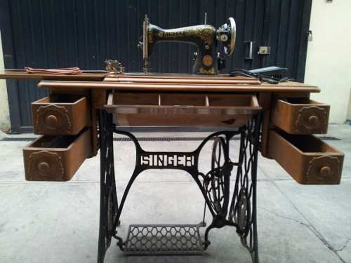 Maquina De Coser Singer Antigua - $ 2,500.00 | Sewing