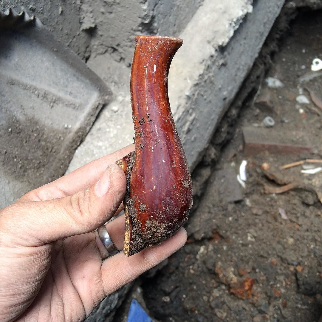 Spout from a mid 19th century rockingham ware teapot found in the privy behind 2 Unity Court tenement #Boston #archaeology #dignorth