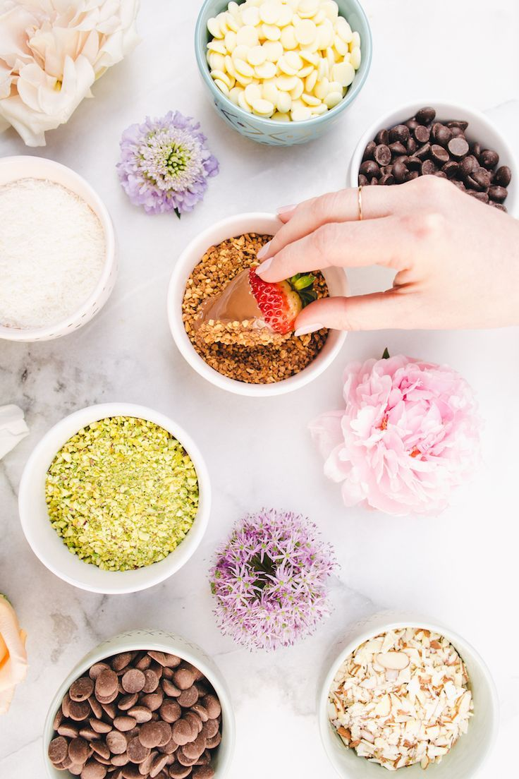 xx MORE HEALTHY SWEETS FOR YOUR CRAVINGS /// http://www.chelseyrosehealth.com/sweets-hidden/