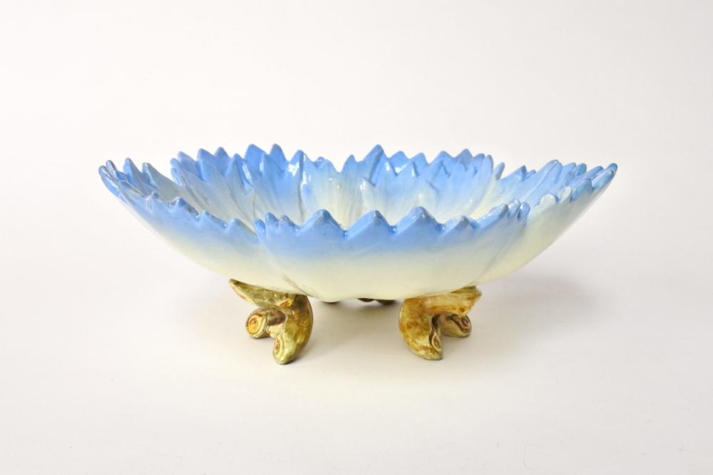 Alzatina Massier in ceramica barbotine a forma di ...