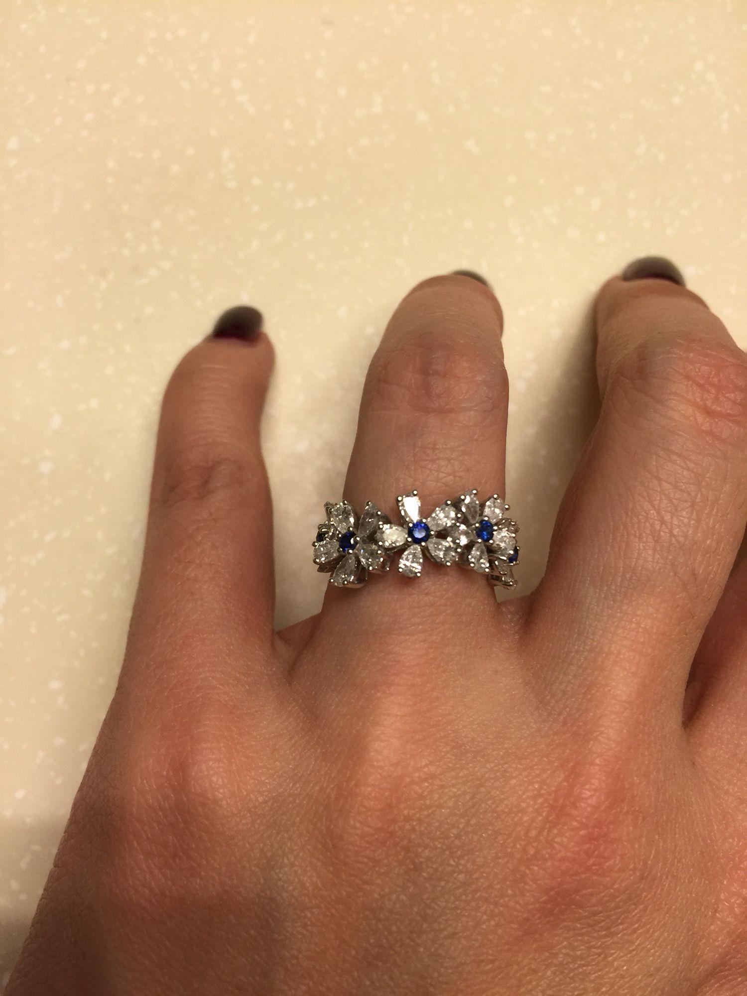 Beautiful diamond and sapphire small flowers band