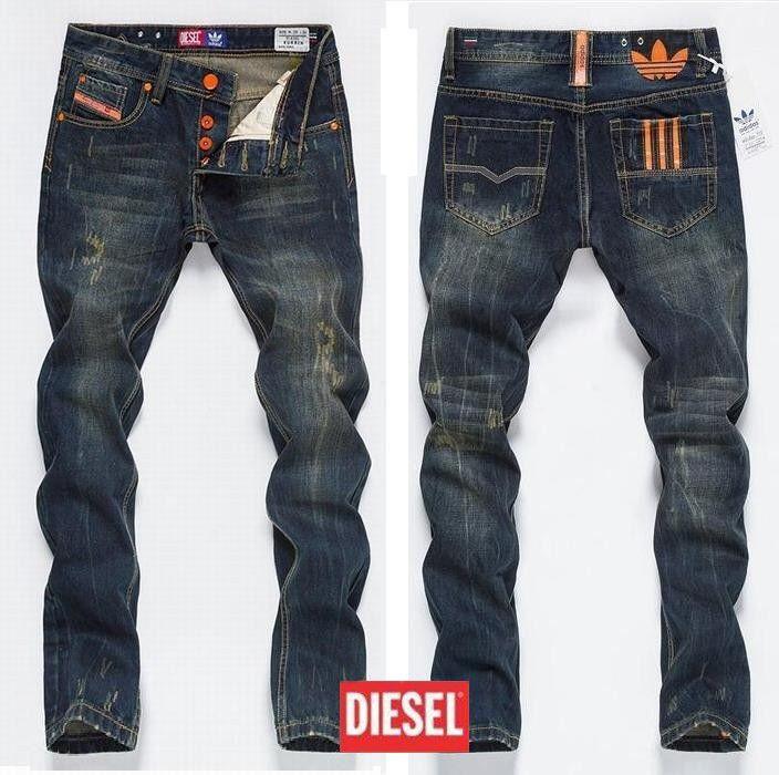 cfbb4158ee284 Diesel x Adidas mens jeans Moda Urbana