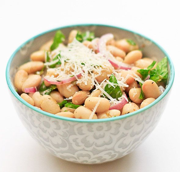 Cannellini Bean Salad with Red Onions and Parsley on