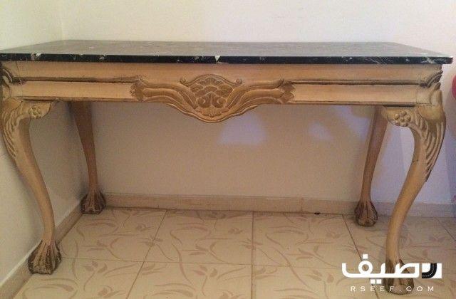 طقم كنب 2 مفرد و 2 ثلاثي مع طاولتين صغيرة زاوية وطاولة بيضوية الشكل مع طاولة رخامية وعدد 3 ستائر جميع القطع بحالة ممتازة لل Decor Entryway Tables Furniture