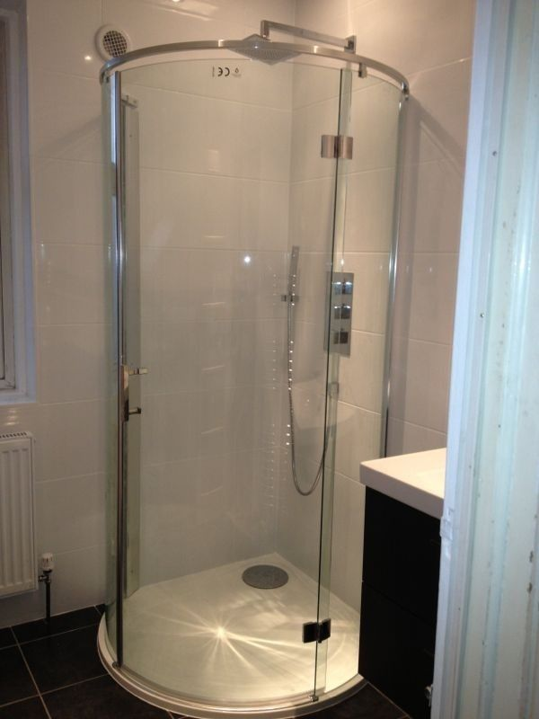Circular bathroom shower cubicle | Bathrooms | Pinterest | Shower ...