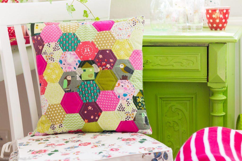 hexies hexagon englisch paper piecing epp quilt kissen n hen patchwork pinterest. Black Bedroom Furniture Sets. Home Design Ideas