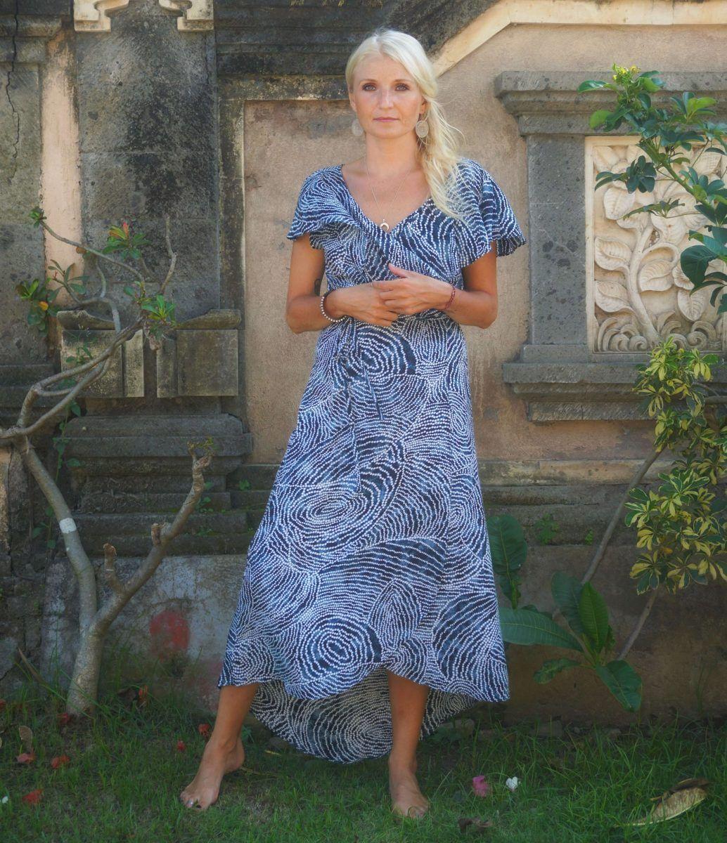 polka dot maxi wickelkleid mit volant blau weiß