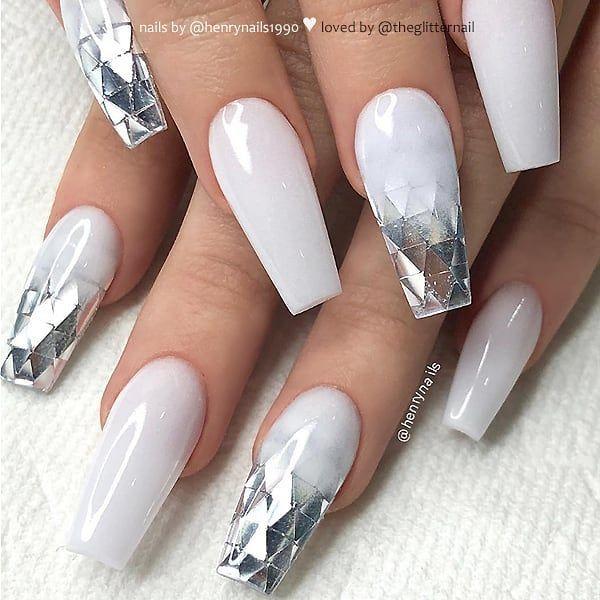 Winter nails #coffinnails @KortenStEiN | Nägel | Weiße