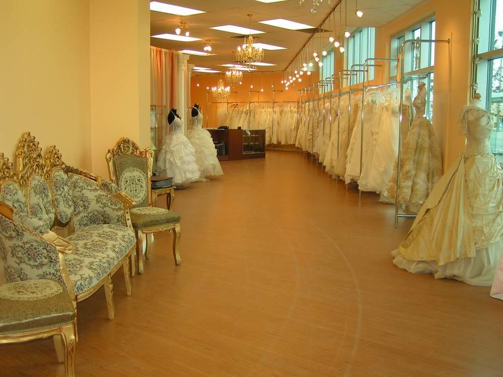 wedding dress stores | Dress Shop | Pinterest | Bridal stores, Store ...